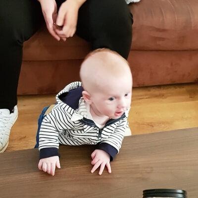 Wanneer baby staan?