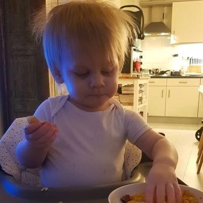 Eten in kinderstoel