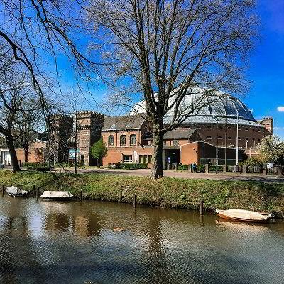 Koepelgevangenis Breda vanaf het water