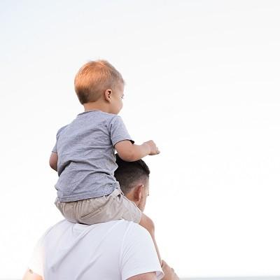 Vader verzorgd