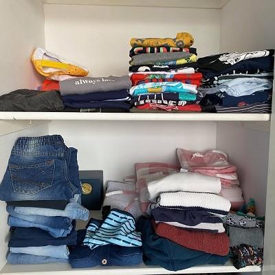Kleding in de kledingkast
